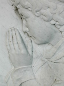 pray-225x300