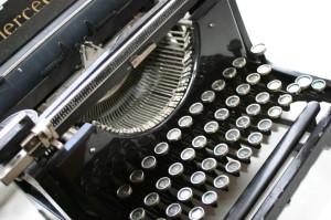 typewriter-1240422-300x199